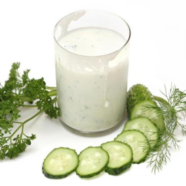 Холодный суп из зелени с огурцами на кефире для похудения рецепт с.